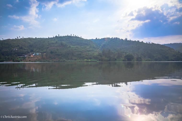 Rwanda_LakeMuhazi_Viewsl_WM